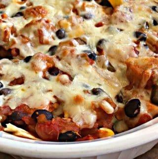 Chicken salsa black beans corn baked casserole